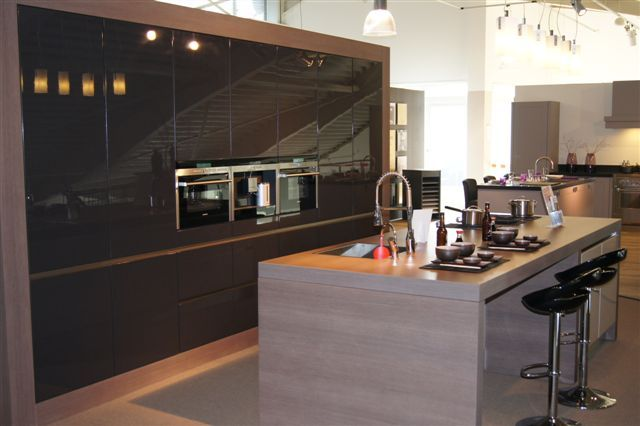 De voordeligste woonwinkel schmidt moderne strakke keuken 44635 - Schmitt keuken ...
